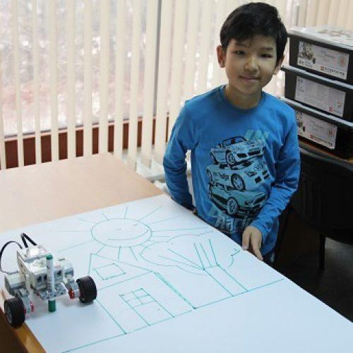 Мастер-класс «Робот-художник»